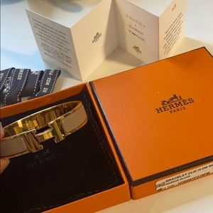 100% authentic Hermes Clic H bracelet